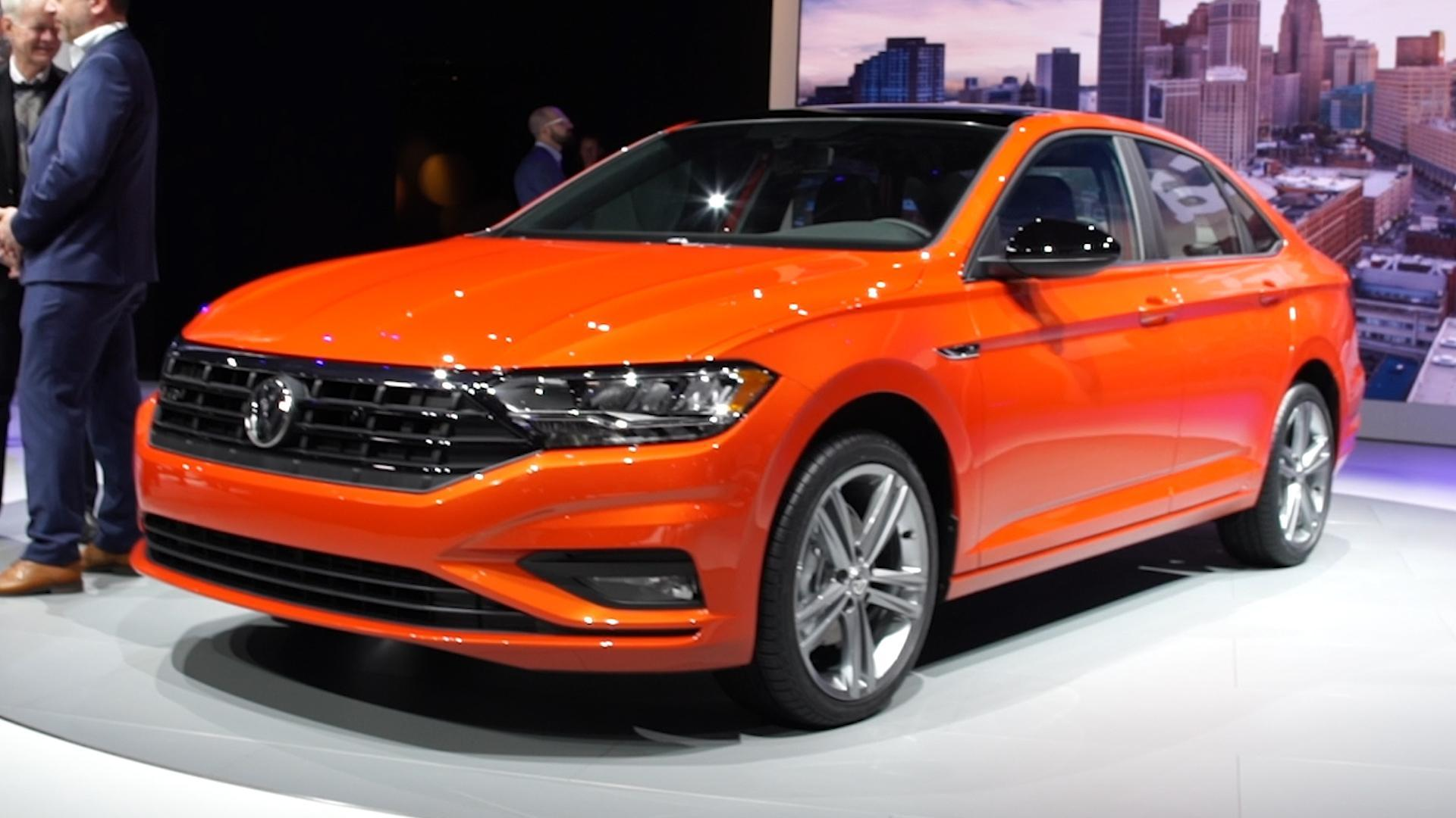 new 2019 volkswagen jetta grows in size but shrinks in price. Black Bedroom Furniture Sets. Home Design Ideas