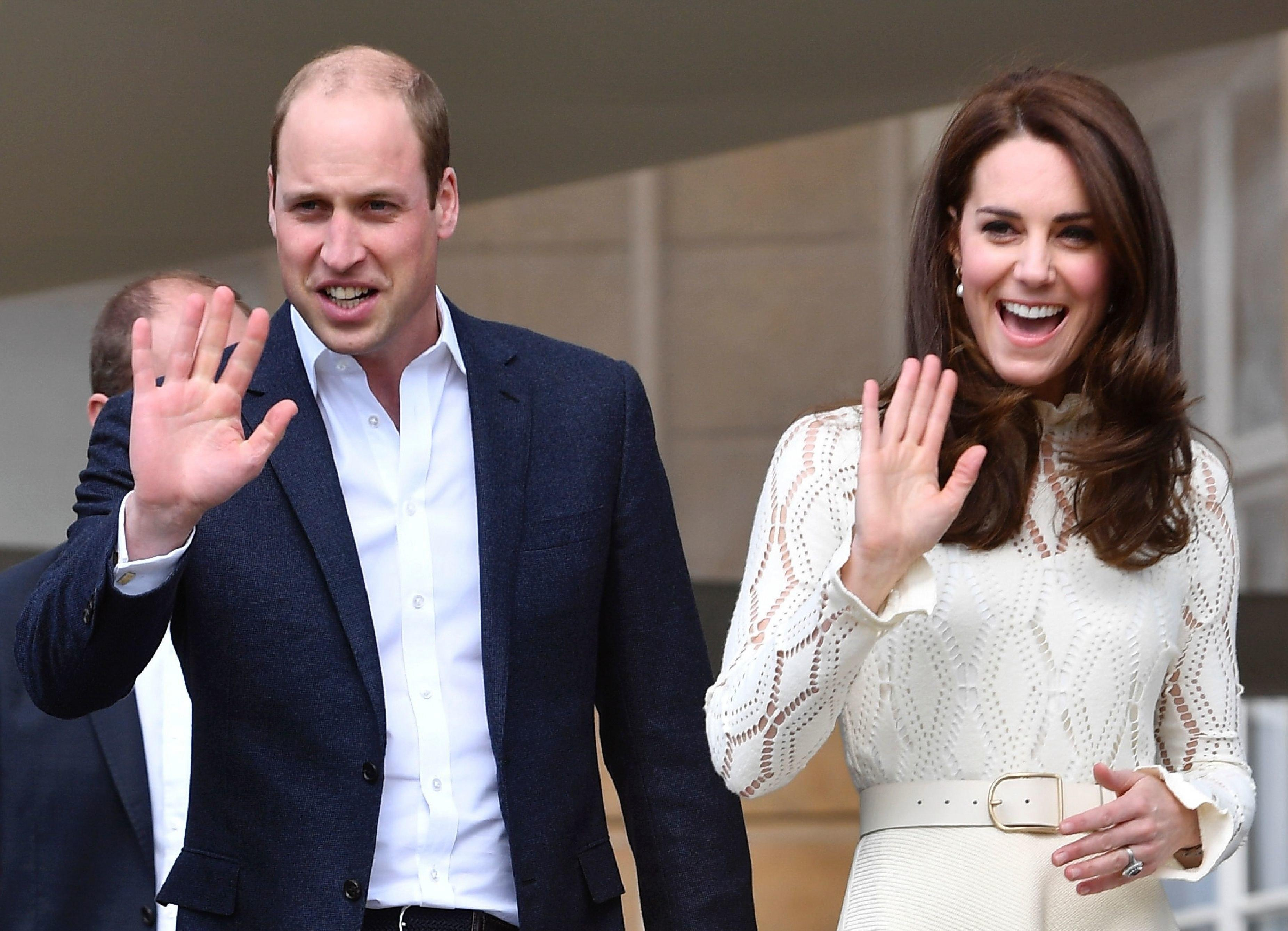 Here S Why The Royal Husbands Don T Have To Wear Wedding Bands