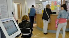 Covid: GPs told to offer face-to-face appointments to patients in need