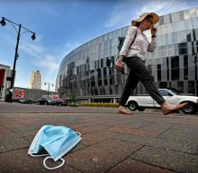 COVID news: Garth Brooks, vaccines, and Children's Mercy at capacity in Kansas City