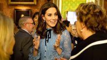 宣佈再度懷孕後首次露面!凱特皇妃穿高跟鞋現身,威廉王子貼身保護!