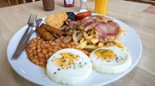 Breakfast like a king, lunch like a prince and dine like a pauper to lose weight, scientists confirm