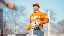 No. 19 Texas rocks Houston 8-2 to take series