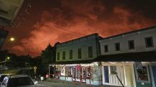 Hawaii town hopes lava tourism will bring economic relief