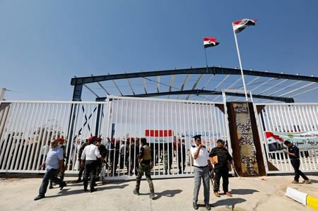 Syria to reopen key border crossing with Iraq today