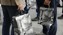 Abercrombie & Fitch boosts guidance, sending shares higher; Martinez to retire as exec chairman