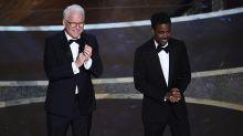 Críticas y pullitas por doquier: Chris Martin y Steve Martin recuerdan que los Óscar siempre necesitarán un buen anfitrión