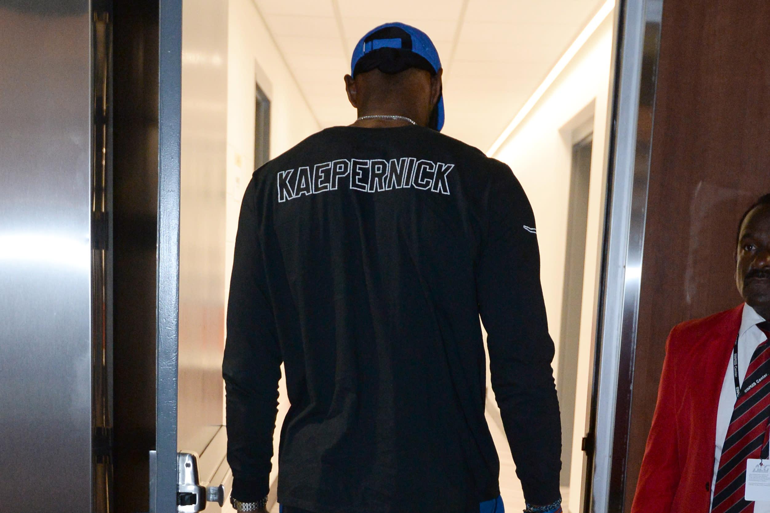 bbf19cc6ed1 LeBron James wears Colin Kaepernick shirt to Lakers preseason game