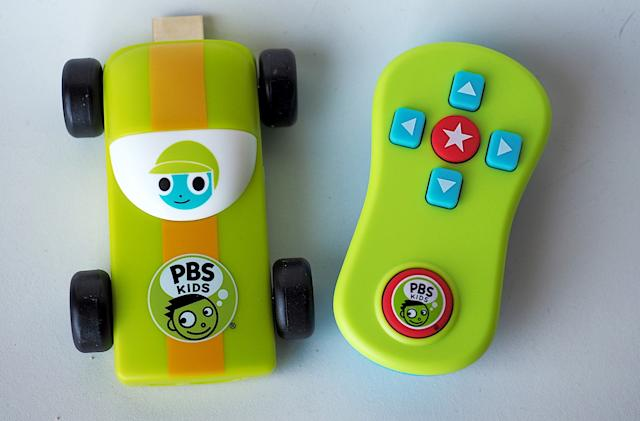 PBS Kids releases baby's first HDMI dongle