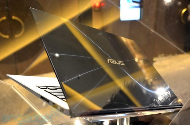 ASUS Zenbook Infinity official with a Gorilla Glass 3 lid, touchscreen and backlit keyboard (eyes-on video)