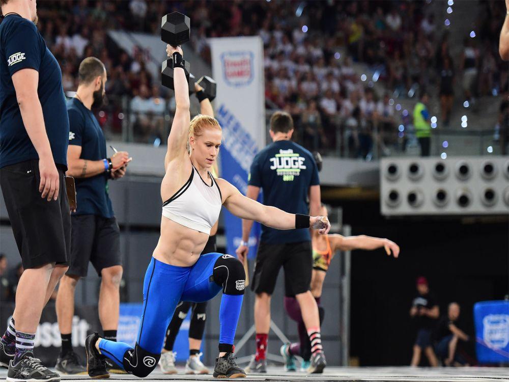"""Platz 9 der Frauen: Volle Konzentration! Mit den CrossFit Games kennt sich Anníe Mist Þórisdóttir bestens aus. Die Isländerin belegte sowohl 2011 als auch 2012 den ersten Platz. Ob es dieses Jahr erneut zum Titel """"Fittest Woman on Earth"""" reicht? (Bild-Copyright: Photo courtesy of CrossFit Inc.)"""