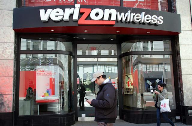 Verizon's upgrade fees are now $10 more expensive