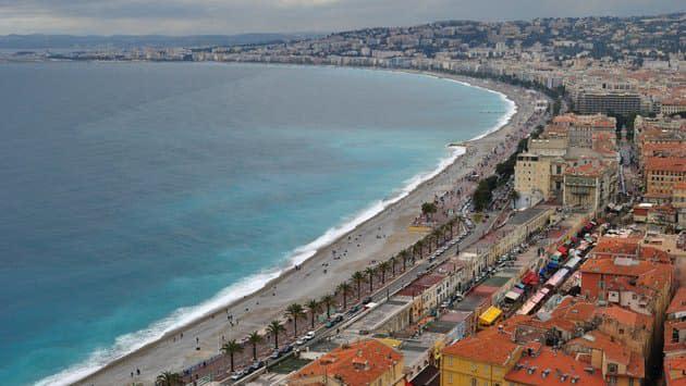 Week-end confiné à Nice: Estrosi annonce la fermeture de la Promenade des Anglais
