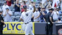 Jorge Posada peppers Yankee Stadium with line drives in his Old Timers' debut