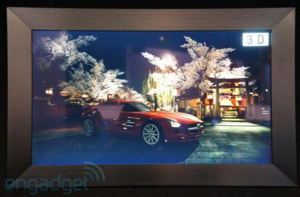 Sony demos 24- and 46-inch glasses-free 3DTVs, we go eyes-on (video)