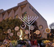 Anti-Semitic Flyers Found In Pittsburgh Synagogue Shooting Neighborhood: Police