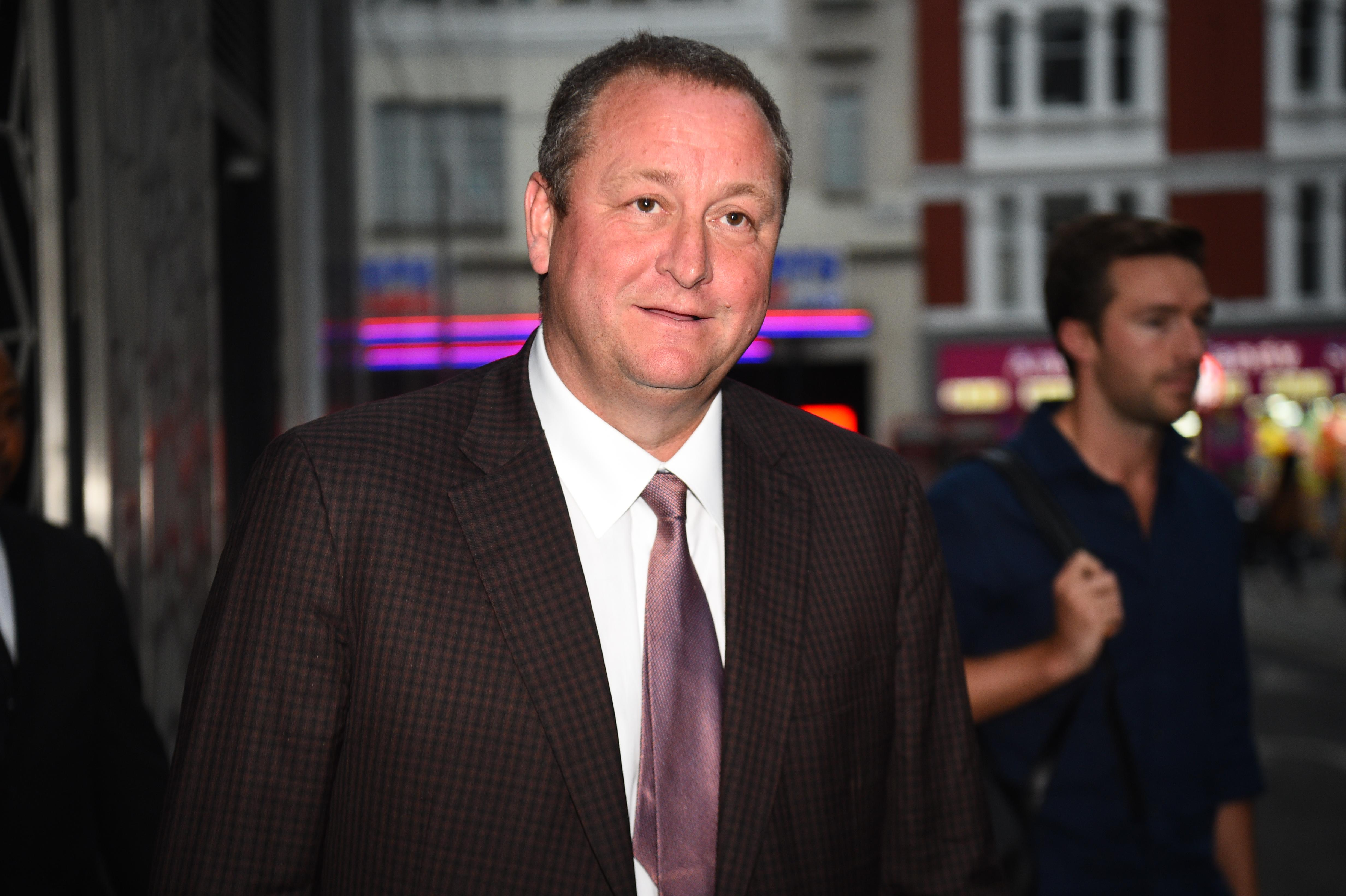 Government poised to step in as Sports Direct struggles to find auditor