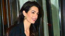 Ultra glam Amal Clooney para el baby shower de Meghan Markle