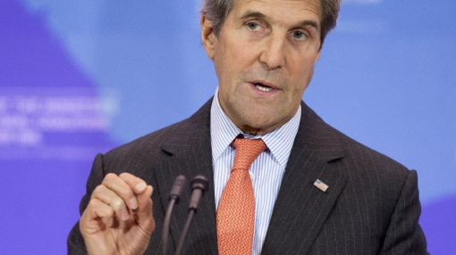 Kerry urges phasing-out of toxic greenhouse gases