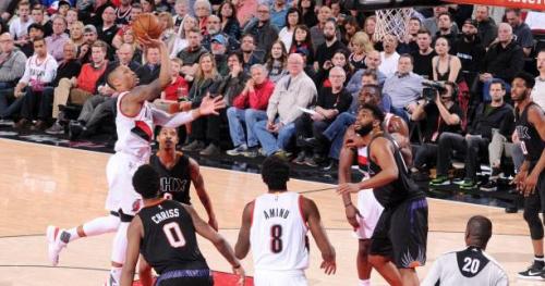Basket - NBA - Les Blazers dominent Phoenix et s'approchent des play-offs