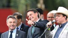 Deus, pátria, família: Bolsonaro lança novo partido