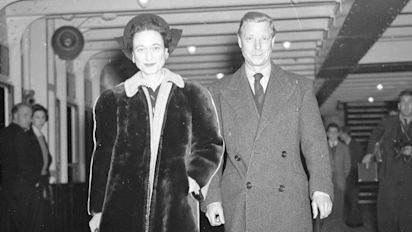 Edward VIII's wisdom tooth up for auction