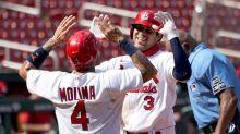 Molina gets 4 hits as Cardinals beat Reds 6-2