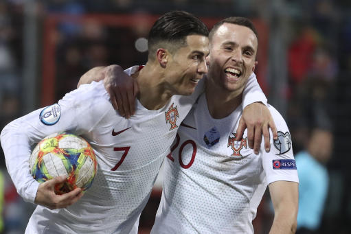 Ronaldo scores 99th goal as Portugal qualifies for Euro 2020