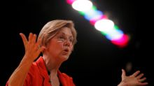 U.S. Senator Warren urges Fed to require removal of Wells Fargo CEO