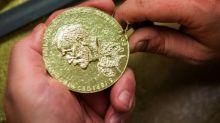 Schwedische Nobelstiftung sagt traditionelles Dezember-Bankett wegen Corona ab