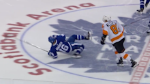 Leafs' Mitch Marner leaves game vs. Flyers after awkward tumble
