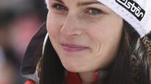 Veith wins World Cup super-G; Vonn pulls out with sore knee