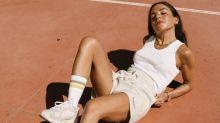 Guía para llevar calcetines altos blancos sin parecer una hortera