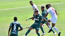 Gabriel Veron sai do banco e comanda virada do Palmeiras