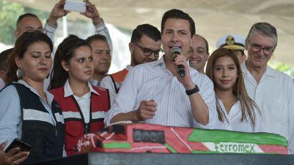 Peña Nieto promete cumplir casi todos sus compromisos