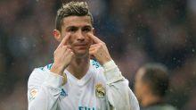 Calciomercato Real Madrid, Cristiano Ronaldo è insofferente: stipendio troppo basso