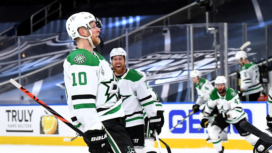 Dallas survives in 2OT to keep Cup hopes alive