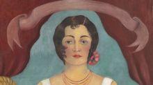 """La """"Mujer de blanco"""" de Kahlo, subastada por 5,8 millones en Nueva York"""
