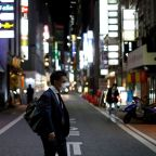 U.S. sounds alarm on coronavirus in Japan, Tokyo pushes for state of emergency