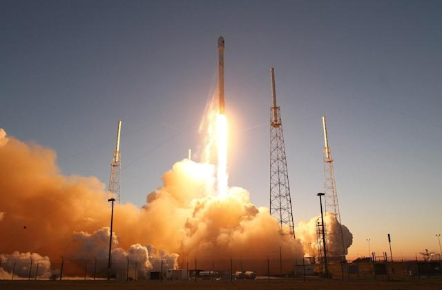 NASA supports SpaceX plan to fuel rockets with astronauts on board
