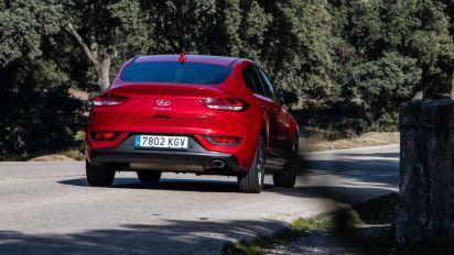 Prueba Hyundai i30 Fastback 2019, exclusivo por diferente