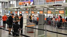 Almost 100 Jetstar flights cancelled in lead up to Christmas