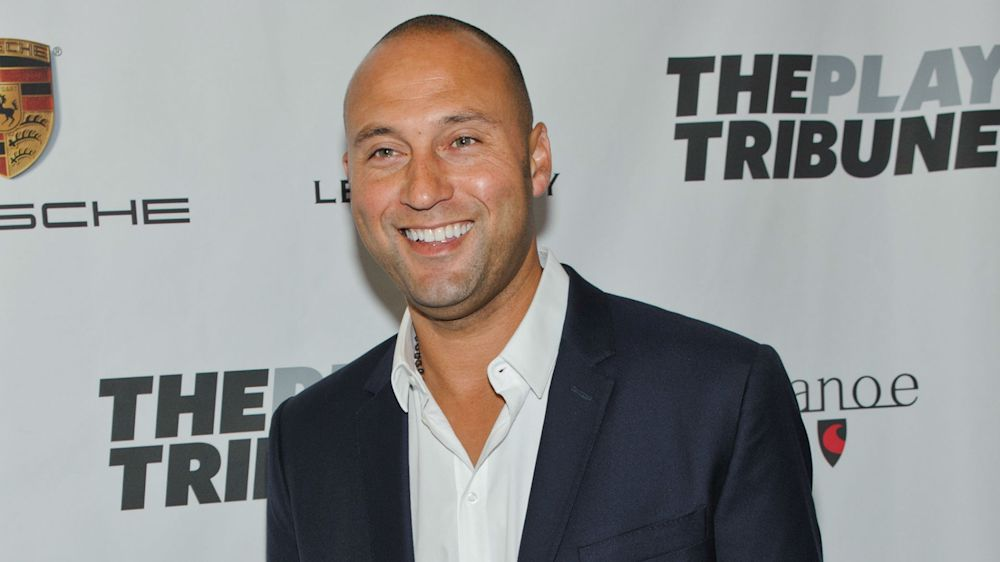 MLB owners approve sale of Marlins to Derek Jeter group
