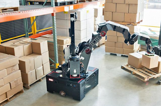 Boston Dynamic's new 'Stretch' robot is designed for boxes, not backflips