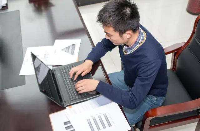 Online learning improves when you feel like you belong