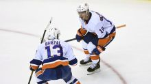 Islanders rally to beat Capitals in Game 1