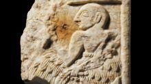 Le British Museum va rendre à l'Irak une rare plaque sumérienne volée
