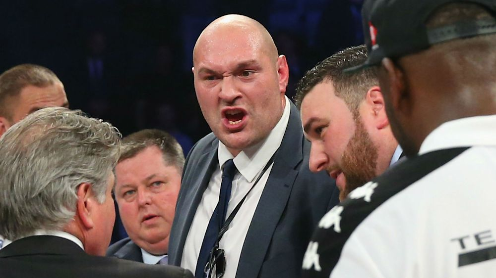 BUM! Fury hits back at 'the weightlifter' Joshua