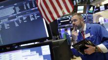Wall Street retrocede de sus máximos históricos