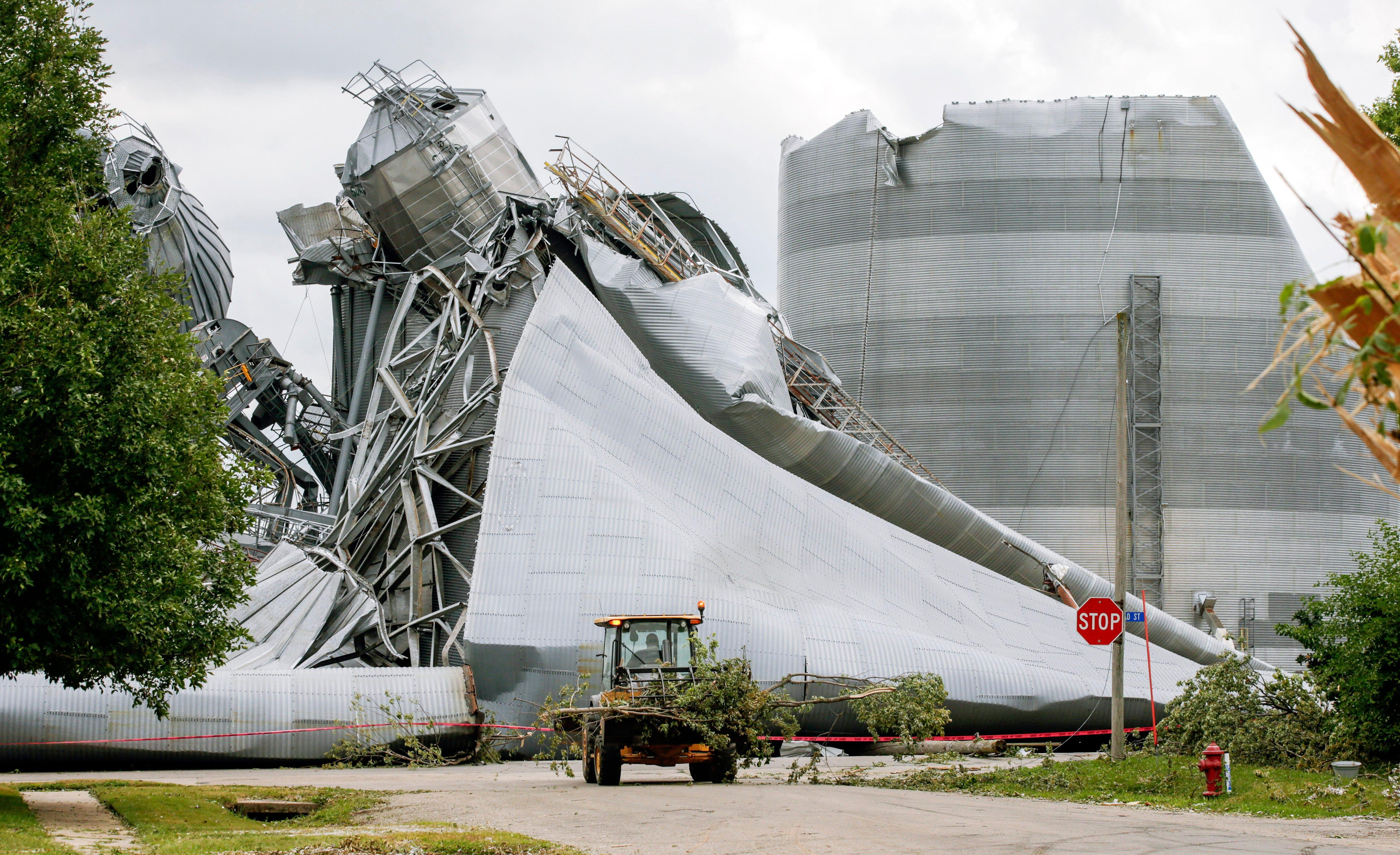 Iowans grapple with aftermath of Monday's deadly derecho, 'a disaster that we have never seen'
